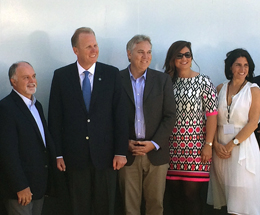 IMG_4076 Mayor and others at Wyland water event 260 px