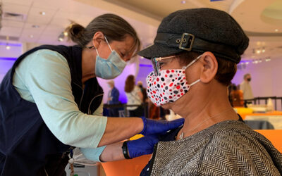 grossmontcovidvaccination-864x540.jpg