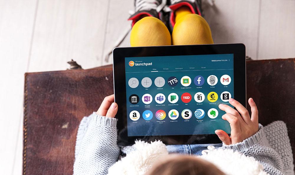 Launchpad-on-tablet-v01.jpg